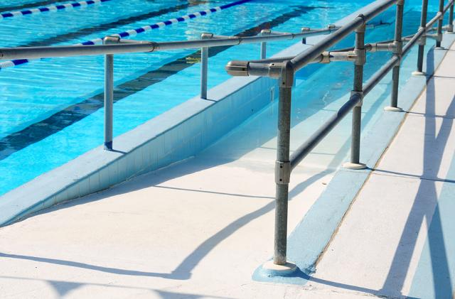 ADA Compliant Swimming Pool Entry Ramp