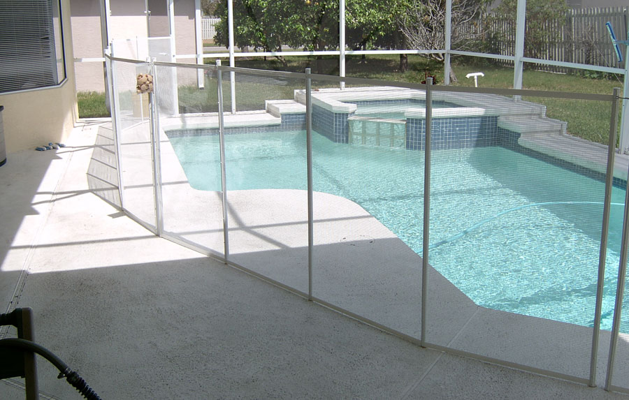 Swimming & Spa Pool Barriers (Fences) - The Ultimate in ...