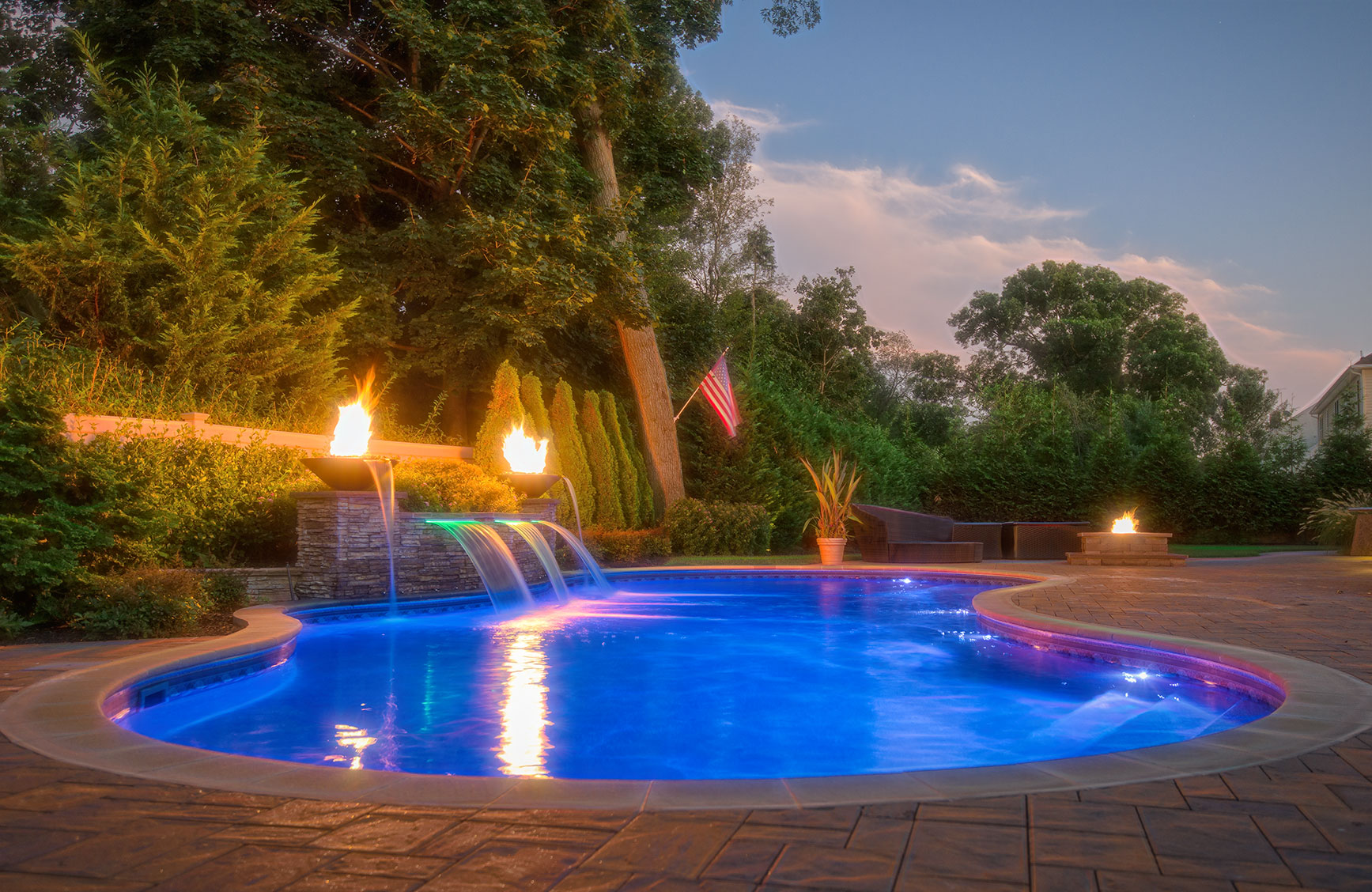 Special features can enhance the poolscape year-round