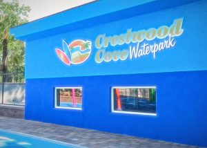 Crestwood Cove Waterpark – Melville, NY